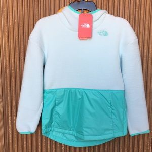 The North Face Youth Girls' hoodie